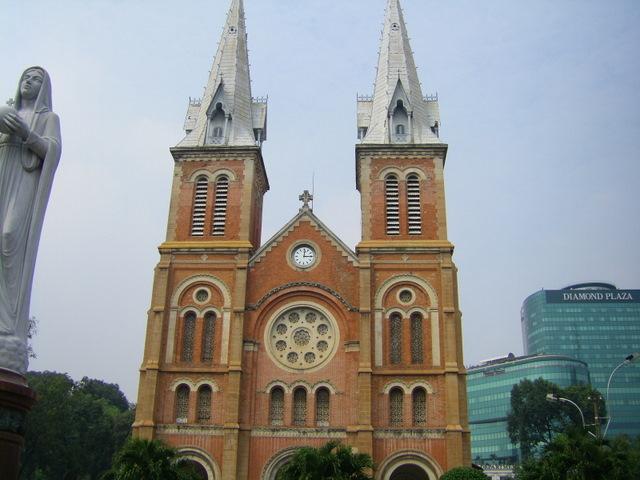 Notre Dame, HCMC
